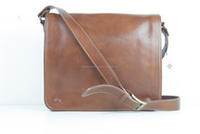Genuine leather messenger bag, made in italy