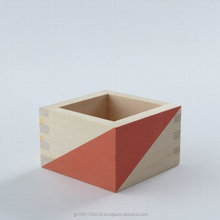 Fashionable Japanese craft items , colorful Sake cup at reasonable prices