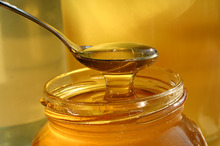 Natural Honey 100% Available