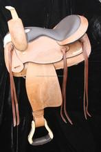 treeless saddle / synthetic treeless saddle / treeless saddle pad