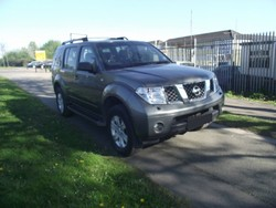 Used Nissan Pathfinder 4x4 - Right Hand Drive - Stock no: 12509