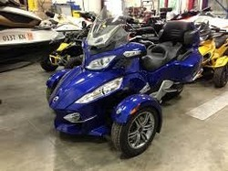 CAN-AM SPYDER RT-S SE5 MOTORCYCLE