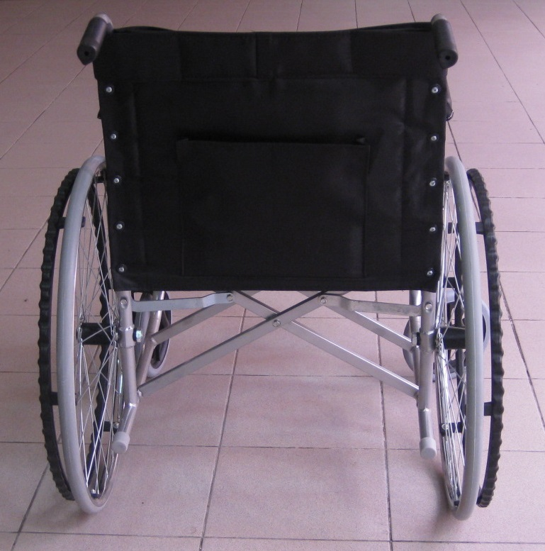 Solid tyre wheelchair p4