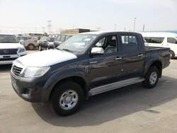 2015 model Toyota Hilux 2.5 TDSL Manual Transmission with ABS, 2 Aibags