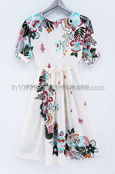 original vintage retro dress and clothing wholesale from