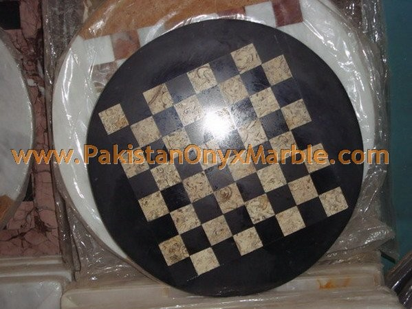marble-chess-boards-sets-checkers-red-zebra-black-marble-white-marble-figures-15.jpg