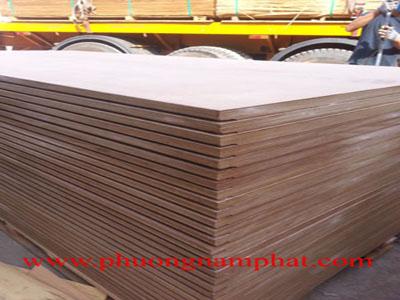 van_ep_container_van_san_container_van_lot_san_ container_container_flooring plywood_van_ep_lot_san_xe_container_phuong_nam_phat.jpg