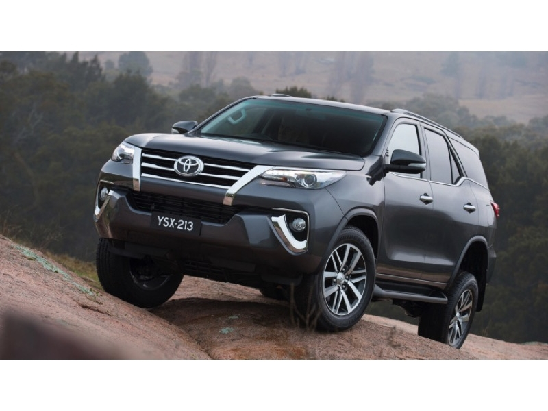 toyota fortuner 2015 ecuador toyota fortuner facelift launched in