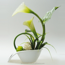 Decorative lily in white pot 20x13x33cm