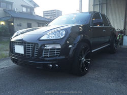 Durable high quality used cars Porsche Cayenne for export from Japanese company