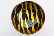 Eco-friendly modern art nature inspired leaf water round lacquer coconut bowl with high quality and good price