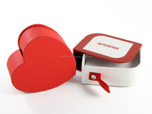 heart shape red petal chocolate gift boxes