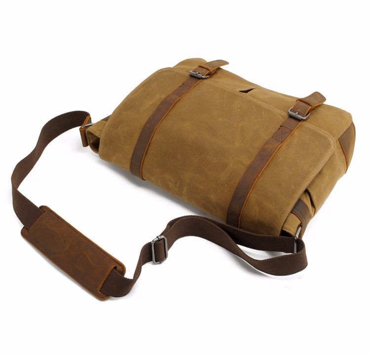 canvas messenger bag with leather trim  (5).jpg