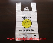 Customized Printing logo muti-color smile face plastic T-shirt bag