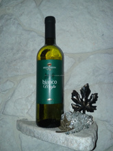 Italian genuine White Wine