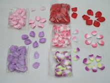 rose petal confetti for wedding party