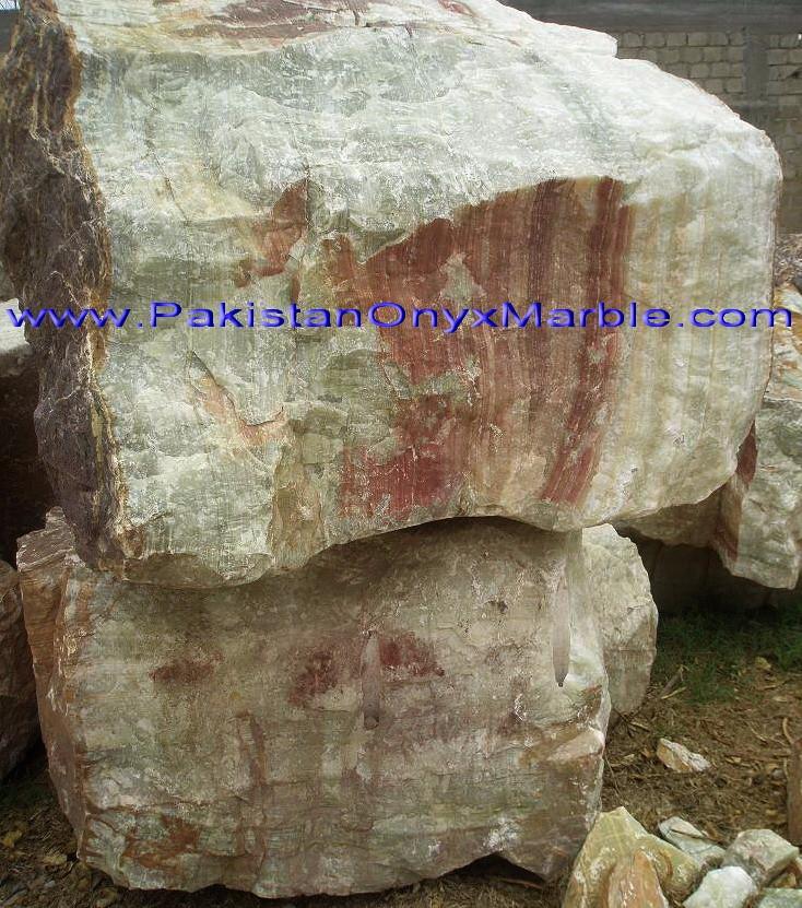 green-onyx-afghanistan-boulders-03.jpg