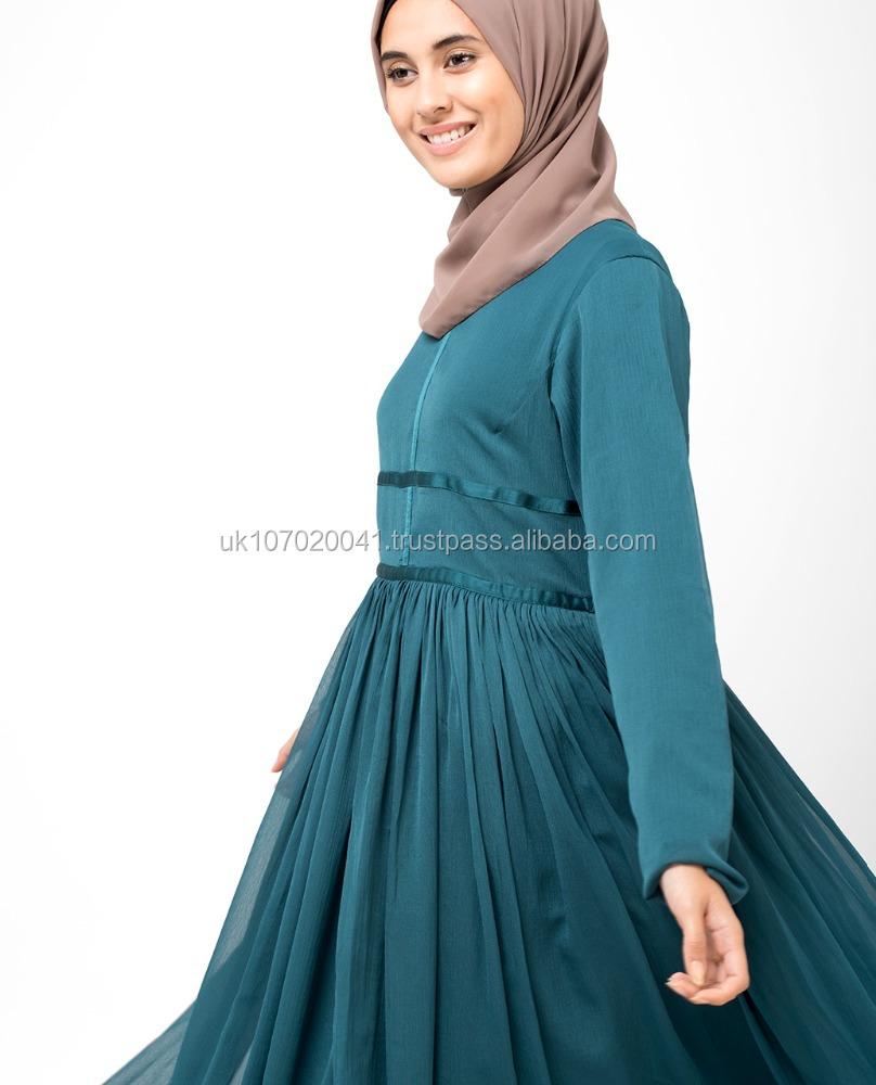Islamic clothing, Islamic fashion for Women, art and decor from Silk Route, Visual Dhikr, Aerosol Arabic and Cute Culture.